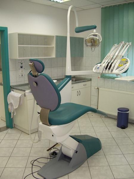 fogorvosi rendelő bútor 8