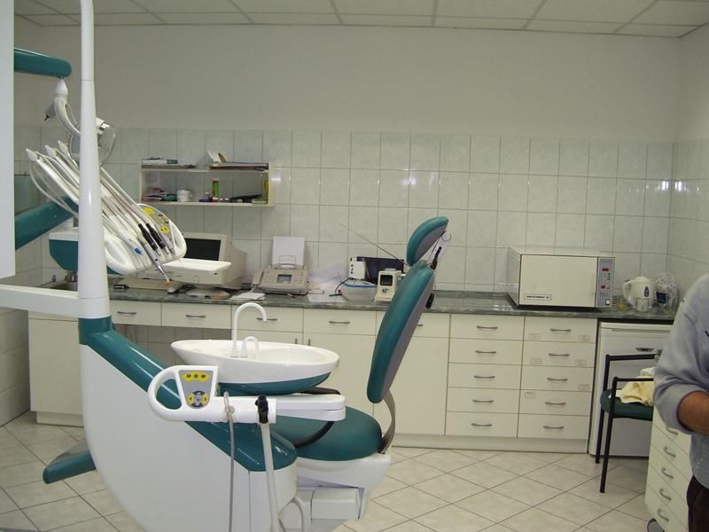 fogorvosi rendelő bútor 9