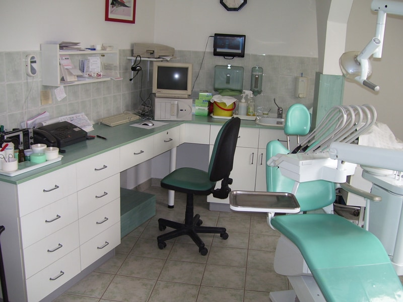 fogorvosi rendelő bútor 10