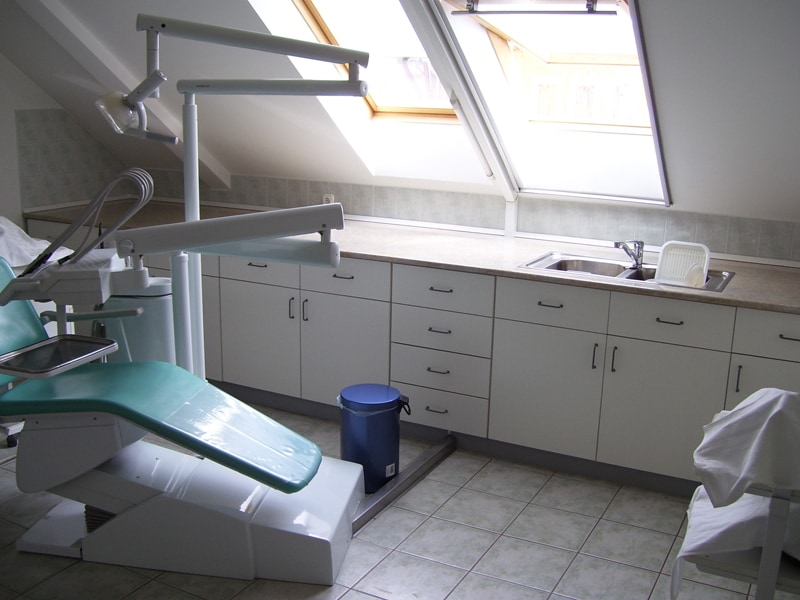 fogorvosi rendelő bútor 11