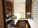modern fényes konyhabútor
