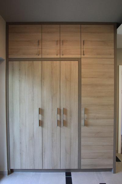 modern előszobabútor