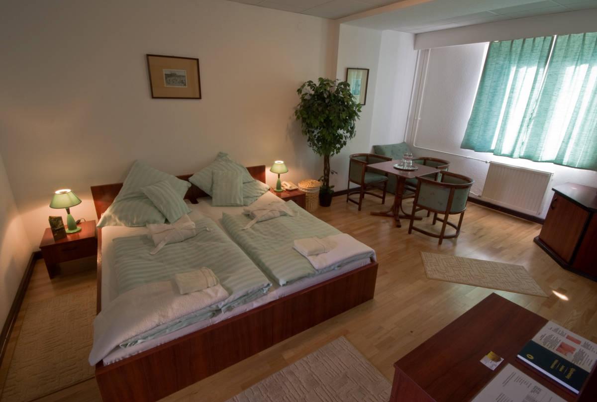 hotel panzió bútorok