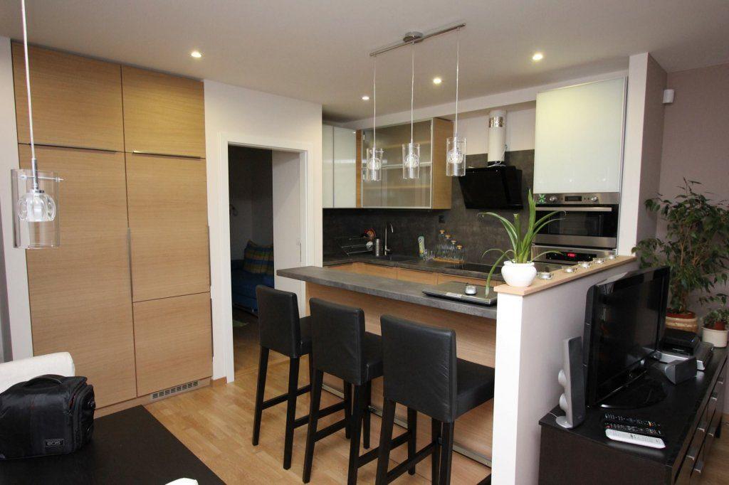 Furnérozott modern konyha
